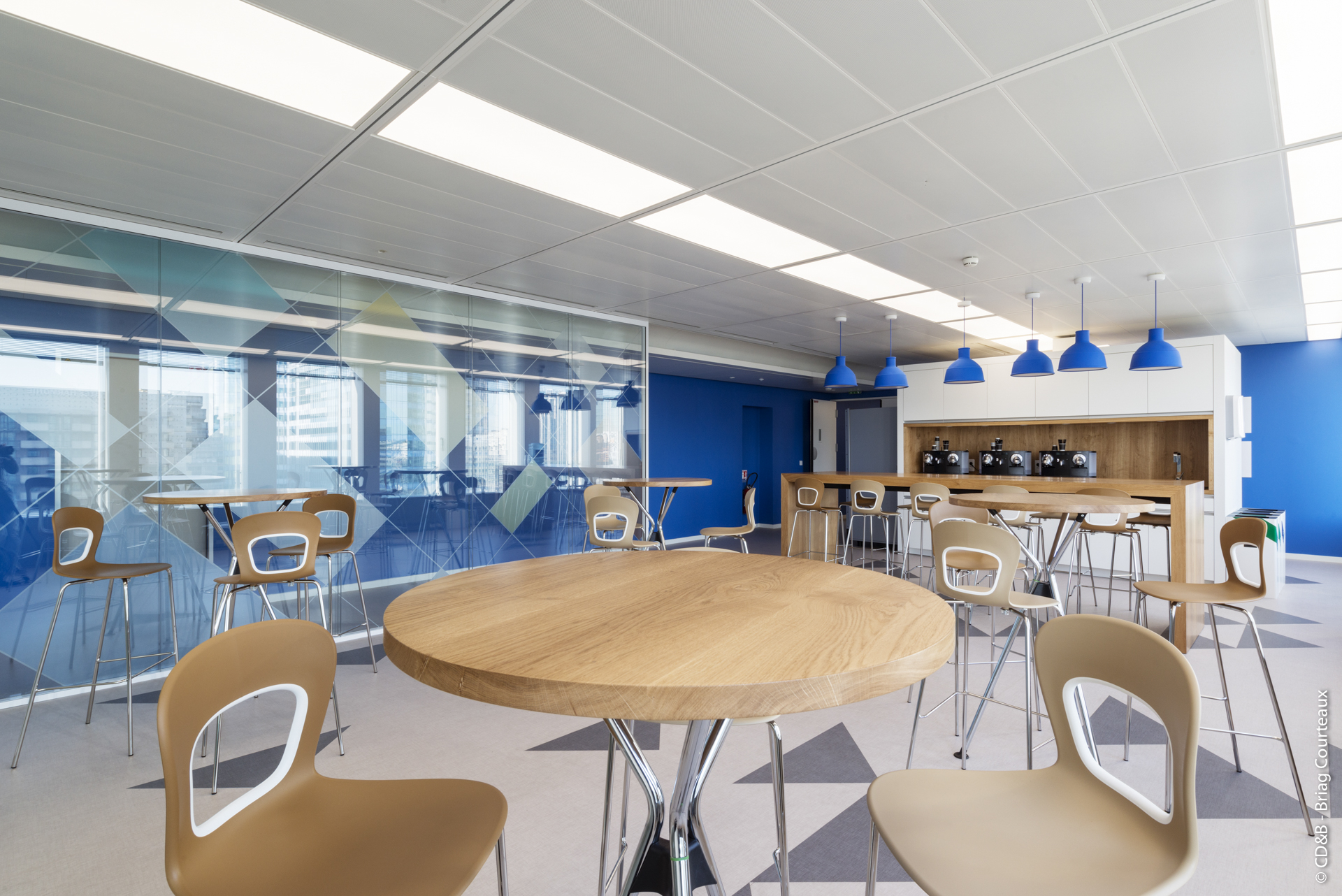 Conseil, aménagement, conception et réalisation des espaces de la société Takett par CDB, Meet you there.