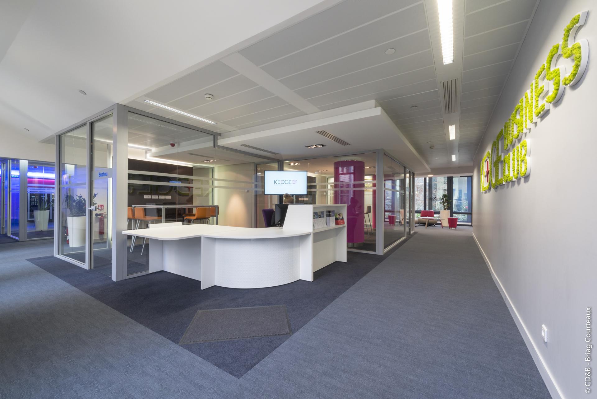Conseil, aménagement, conception et réalisation des espaces de la Kedge Business School par CDB, Meet you there.