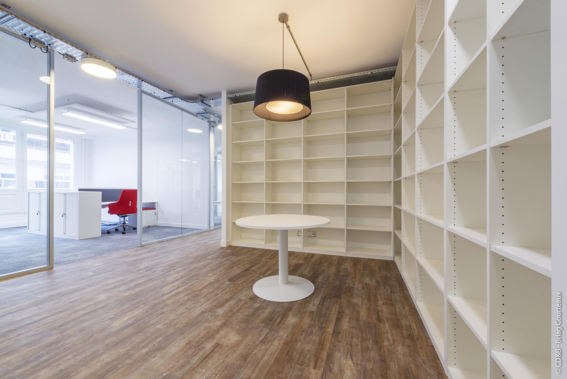 Conseil, aménagement, conception et réalisation des espaces de travail chez Batigère par CDB, Meet you there.
