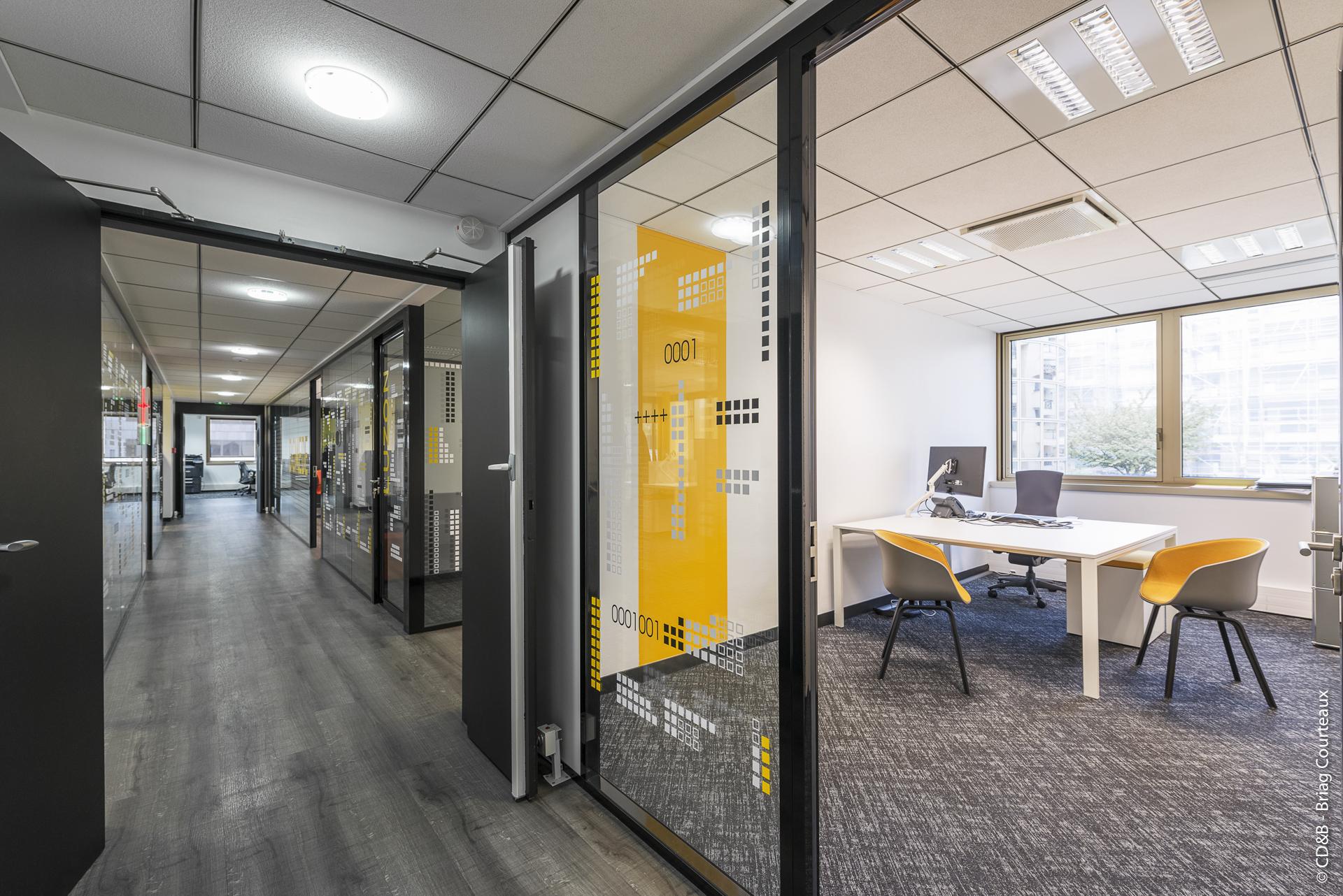 Conseil, aménagement, conception et réalisation des espaces de travail chez Ozitem par CDB, Meet you there.