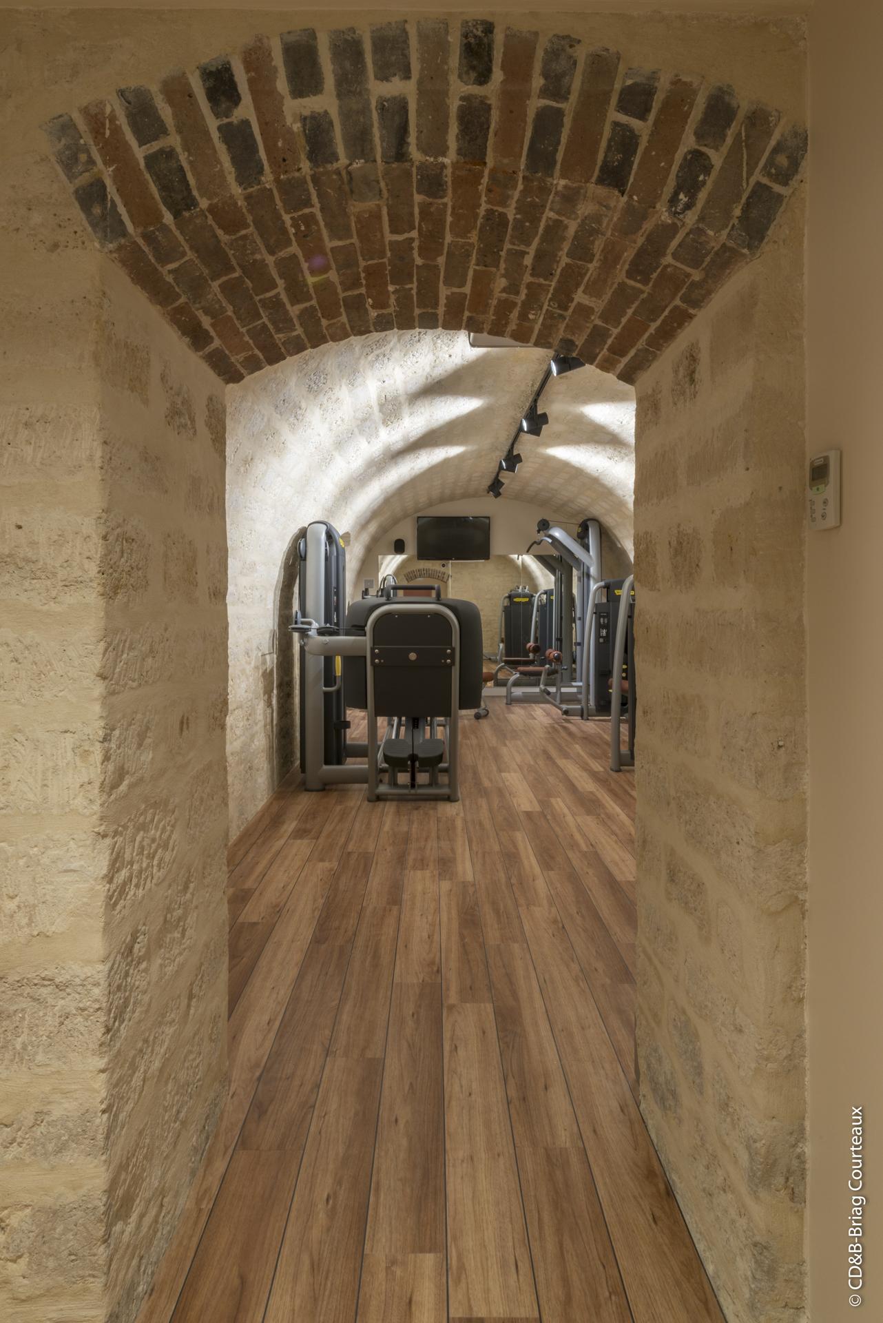 Conseil, aménagement, conception et réalisation d'une salle de sport pour la banque d'affaire Lazard Frères par CDB, Meet you there.