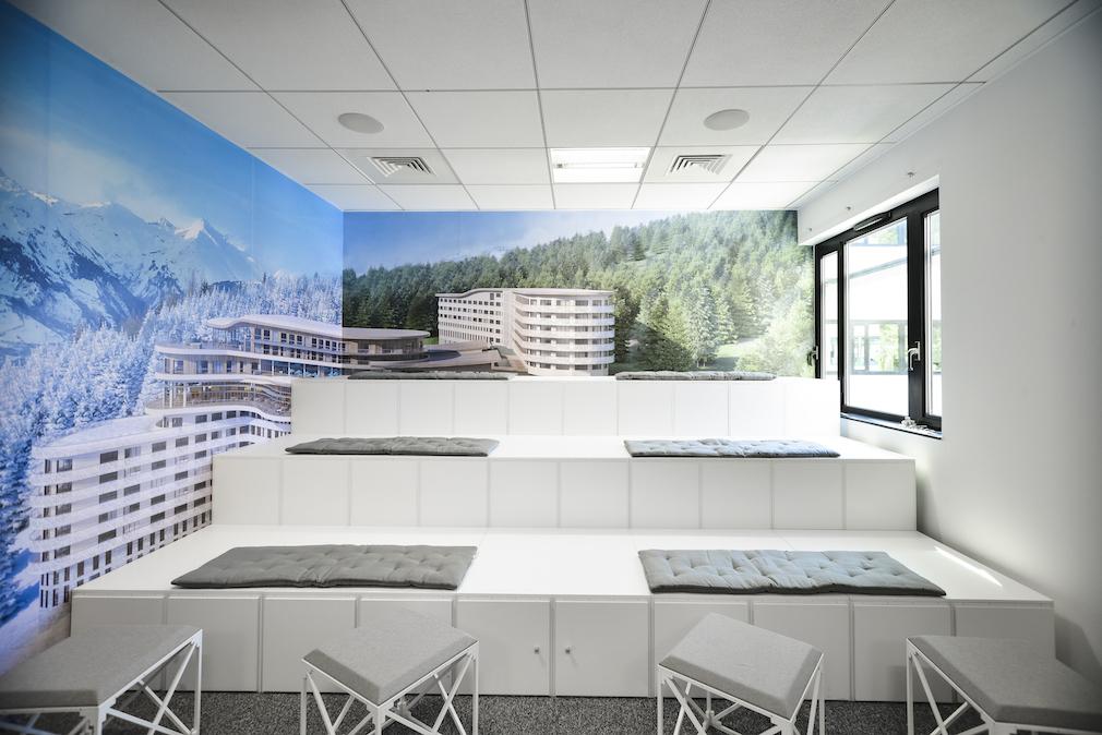Conseil, aménagement, conception et réalisation des espaces de bureaux de la société Club Med par CDB, Meet you there.
