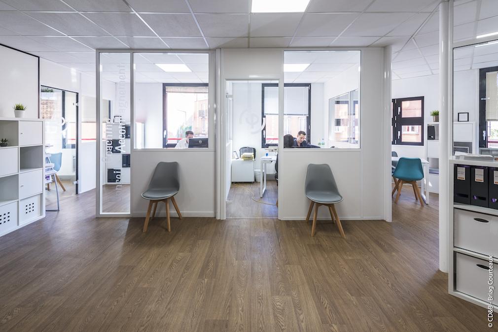 Conseil, aménagement, conception et réalisation des espaces de l'école PIGIER par CDB, Meet you there.