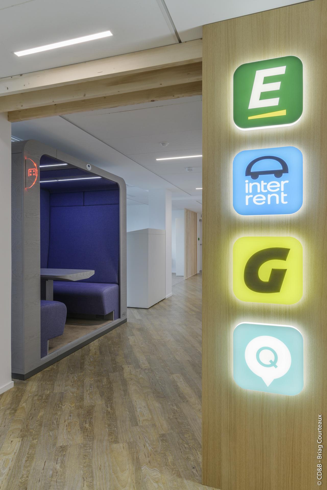 Conseil, aménagement, conception et réalisation des espaces de bureaux de la société Europcar Mobility Group par CDB, Meet you there.
