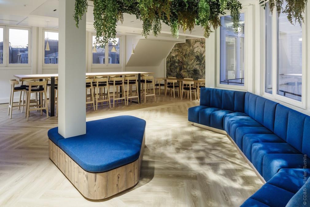 Conseil, aménagement, conception et réalisation des espaces de bureaux par CDB, Meet you there.