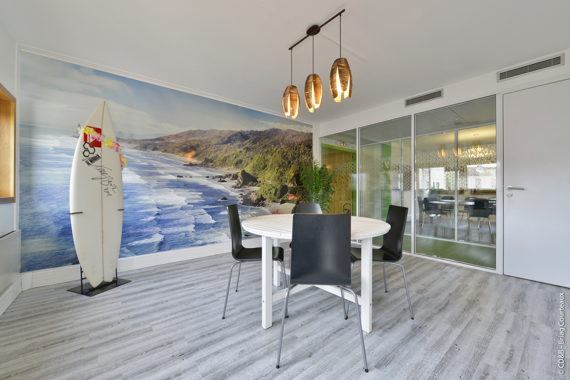 Conseil, aménagement, conception et réalisation des espaces de travail de la société Melty par CDB, Meet you there.