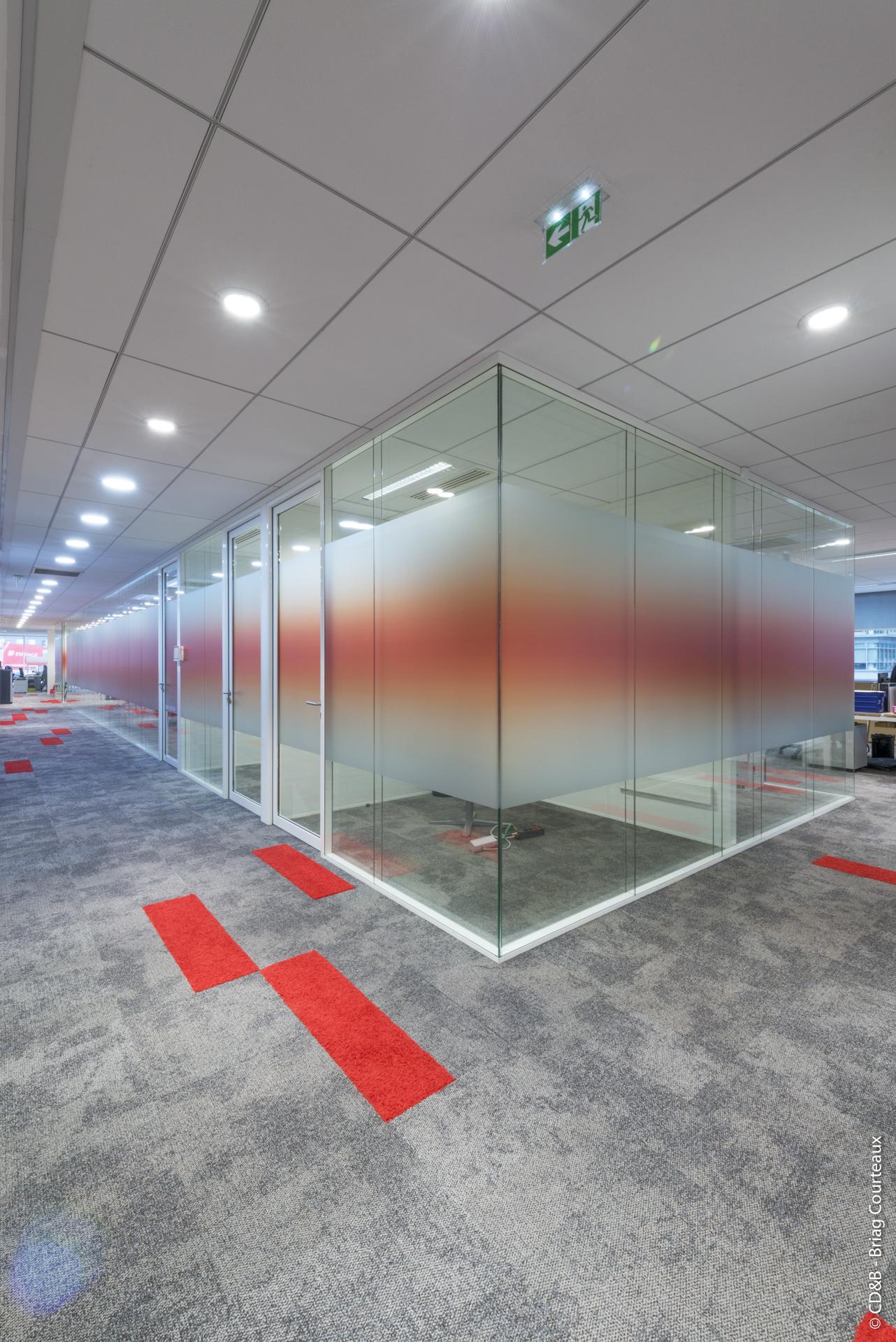 Conseil, aménagement, conception et réalisation des espaces de la société Jacquet Brossard par CDB, Meet you there.
