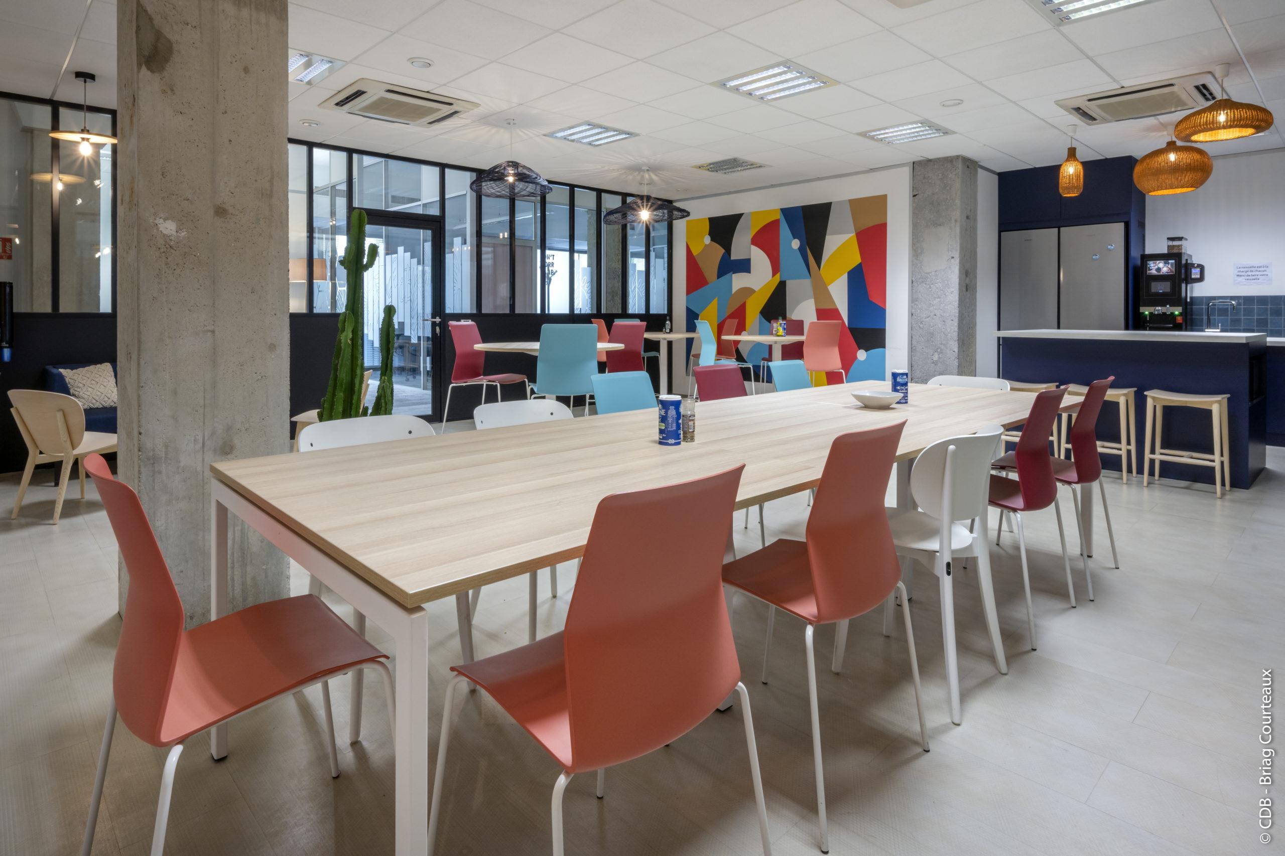Aménagement, conception et réalisation des bureaux d'Ibiza par CDB, Meet you there.